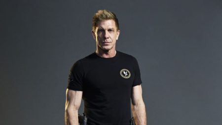ICYMI: Mo'Kelly Talks with Actor Kenny Johnson Re: #TheShield REUNION Show, S.W.A.T. Season 2 and Rigors of Training (AUDIO)