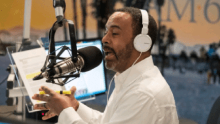 The Mo'Kelly Show – Roger Stone Urges Martial Law * Flat Earth Fail * Clippers Might Choke Again (LISTEN)