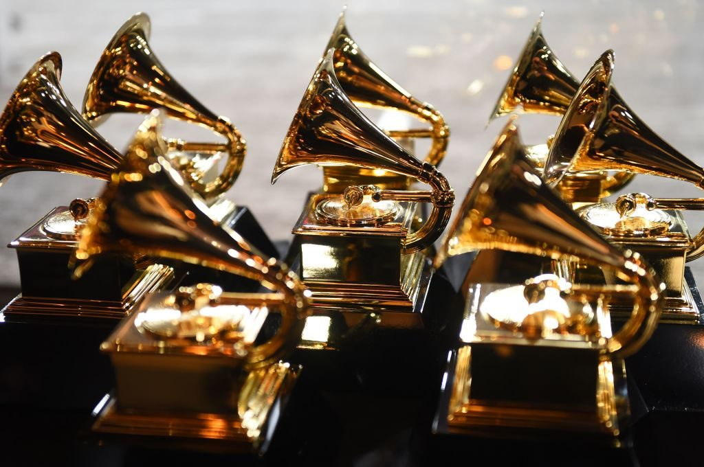 The Mo'Kelly Show's Annual Grammy Spectacular – (Listen)